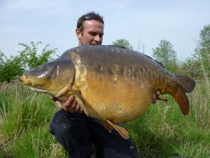 Wayne Cutting with Bayeswaters first 40 at 40.06